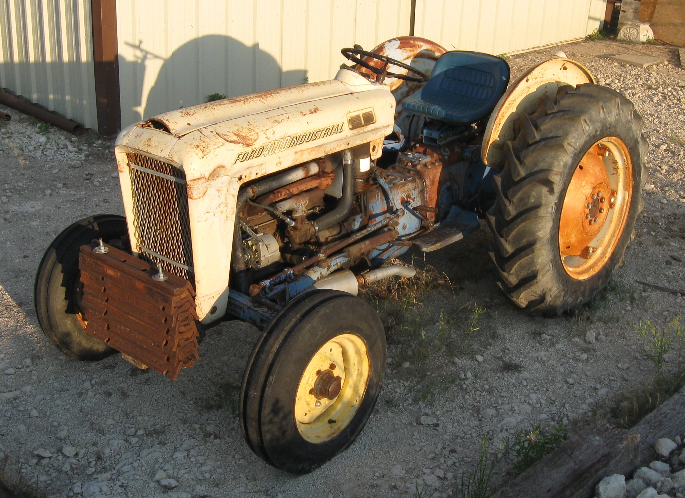 1963 Ford Tractor Model 2000 : Imcdb ford workmaster in quot mannix